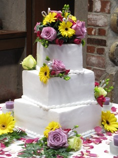 Buttercream Squares w/ Fresh Flowers
