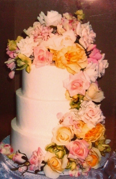 June 15 2012 018 Buttercream Fresh Florals