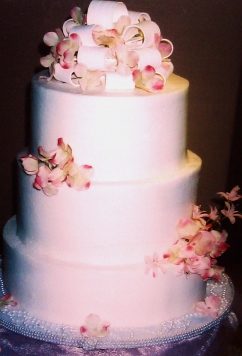 how to make a wedding cake with fresh flowers griff s goodies wedding cakes 15909